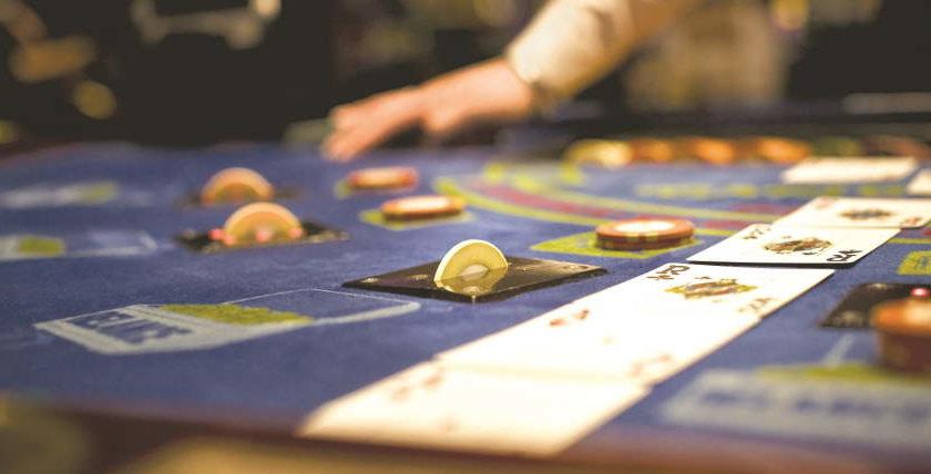 Caribbean Stud Poker Tips